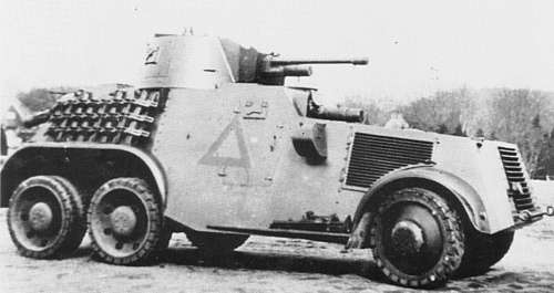Armoured car nr. 19 of 4-2 E.Paw.